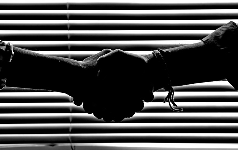 Exchange online vs on premise -  Reliability
